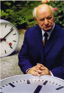 The designer Hans Hilfiker pictured with the famous Swiss Railways Clock design