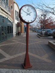 Post Clock; Pedestal Clock